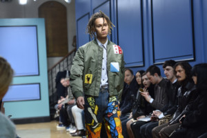 j-w-anderson-aw17-foh-nigel-pacquette-british-fashion-council-hires15