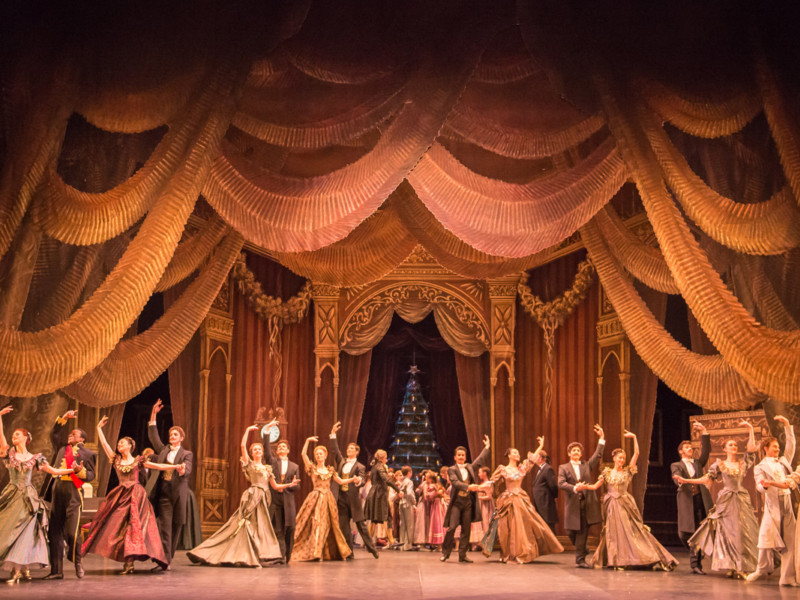 The party scene during English National Ballet's dress rehearsal of the Nutcracker at the Coliseum Theatre, London on December 10, 2014. Photo: Arnaud Stephenson