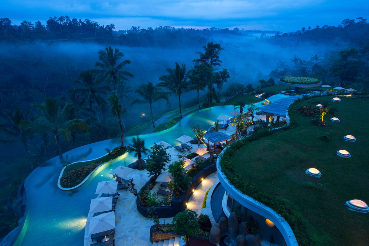 rsz_padma_resort_ubud_-_night-2